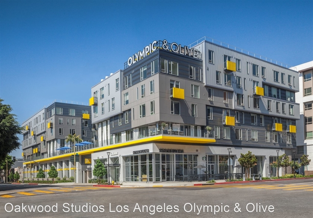 1 Bedroom, South Park Rental in Los Angeles, CA for $2,742 - Photo 1