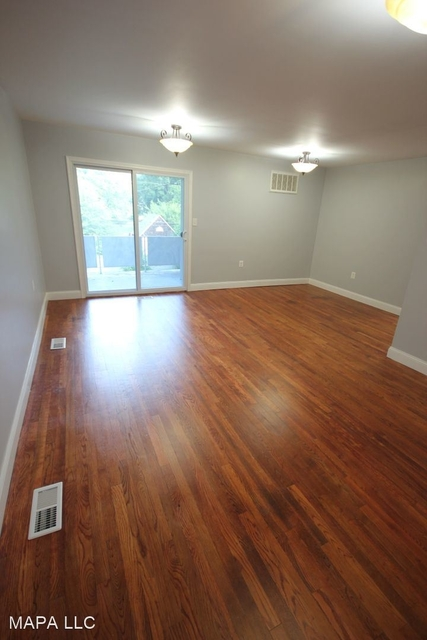 2 Bedrooms, Harford Rental in  for $1,249 - Photo 1