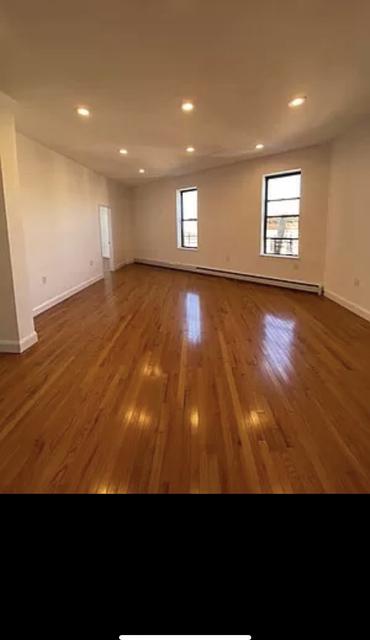4 Bedrooms, Ridgewood Rental in NYC for $4,200 - Photo 1