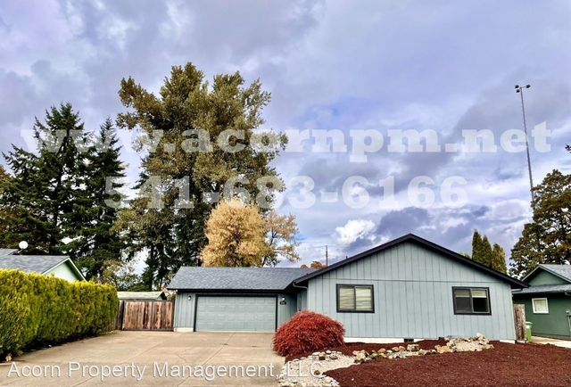 3 Bedrooms, Cal Young Rental in Eugene, OR for $2,599 - Photo 1