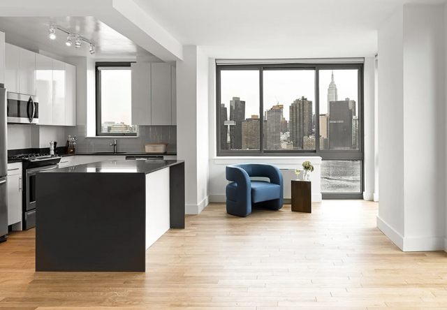 Studio, Hunters Point Rental in NYC for $2,685 - Photo 1