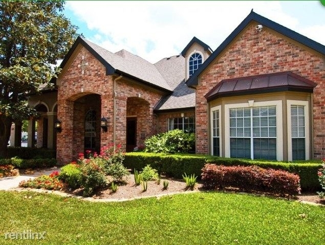 3 Bedrooms, Lakepointe Center Rental in Houston for $1,745 - Photo 1