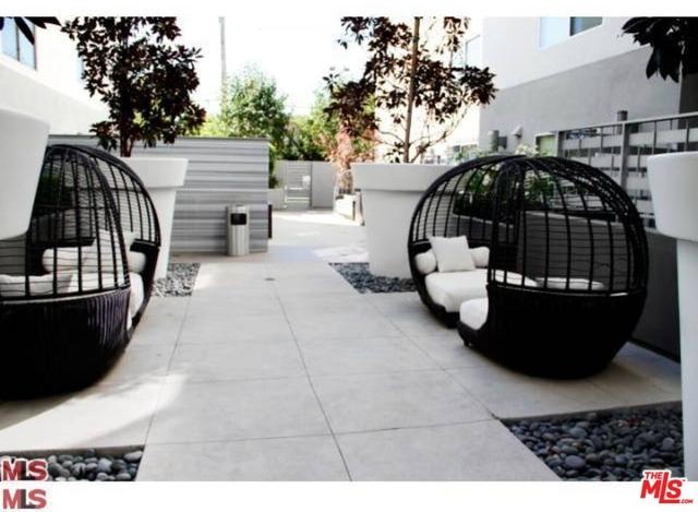 2 Bedrooms, West Los Angeles Rental in Los Angeles, CA for $3,695 - Photo 1
