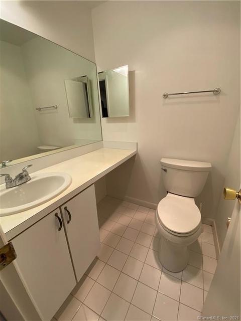 2 Bedrooms, North End Rental in Bridgeport-Stamford, CT for $1,900 - Photo 1
