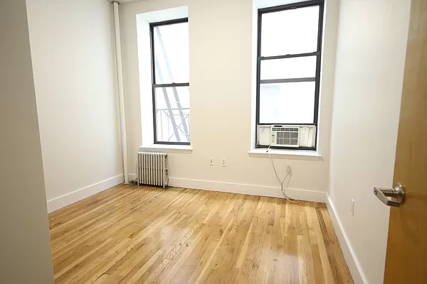 2 Bedrooms, East Village Rental in NYC for $3,520 - Photo 1