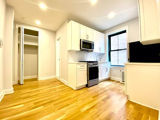 Studio, Upper East Side Rental in NYC for $2,075 - Photo 1