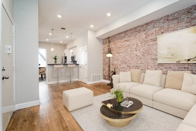 2 Bedrooms, McGinley Square Rental in NYC for $1,695 - Photo 1