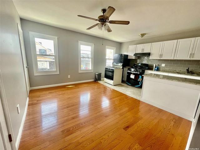 3 Bedrooms, College Point Rental in NYC for $2,350 - Photo 1