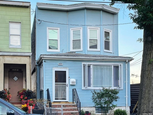 3 Bedrooms, College Point Rental in NYC for $2,650 - Photo 1