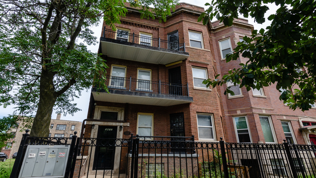 3 Bedrooms, Washington Park Rental in Chicago, IL for $1,850 - Photo 1