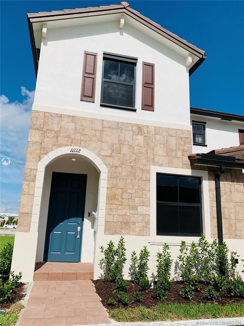 3 Bedrooms, Hialeah Rental in Miami, FL for $3,140 - Photo 1