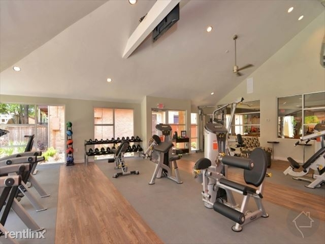 2 Bedrooms, Marlborough Square Condominiums Rental in Houston for $1,310 - Photo 1