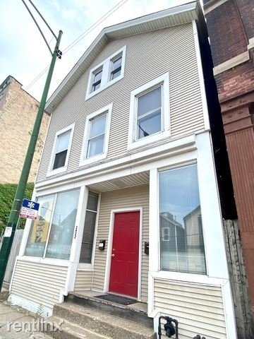 4 Bedrooms, Lathrop Rental in Chicago, IL for $2,550 - Photo 1