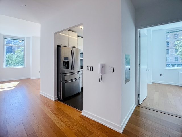 2 Bedrooms, Upper West Side Rental in NYC for $6,330 - Photo 1