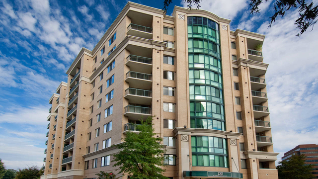 2 Bedrooms, Lyon Village Rental in Washington, DC for $3,078 - Photo 1
