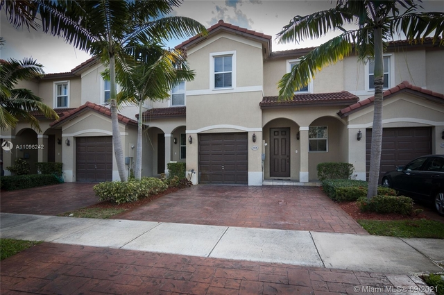 3 Bedrooms, Ives Dairy Townhomes Rental in Miami, FL for $3,100 - Photo 1