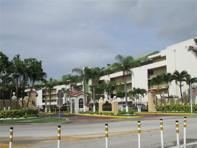 2 Bedrooms, Fontainbleau East Rental in Miami, FL for $1,750 - Photo 1