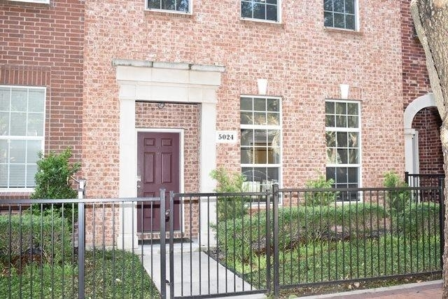 3 Bedrooms, Park View at Addison Circle Rental in Dallas for $2,800 - Photo 1