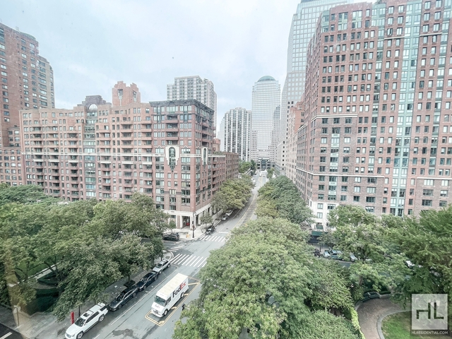 3 Bedrooms, Battery Park City Rental in NYC for $6,200 - Photo 1