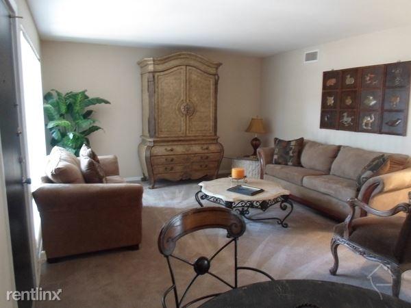 3 Bedrooms, Energy Corridor Rental in Houston for $1,179 - Photo 1