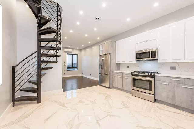 2 Bedrooms, Borough Park Rental in NYC for $2,900 - Photo 1