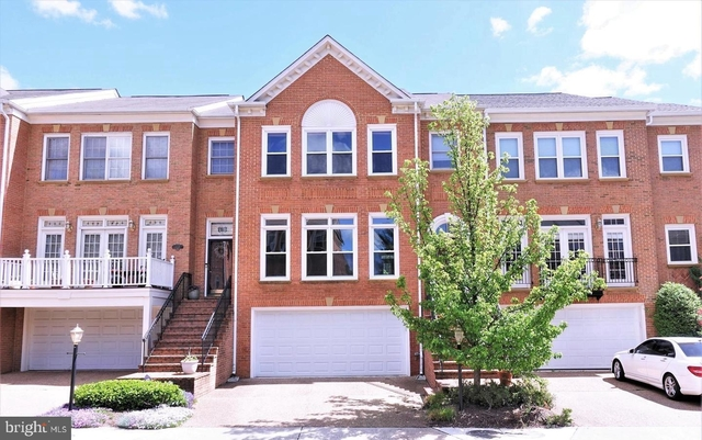 3 Bedrooms, Gosnell Rental in Washington, DC for $3,700 - Photo 1