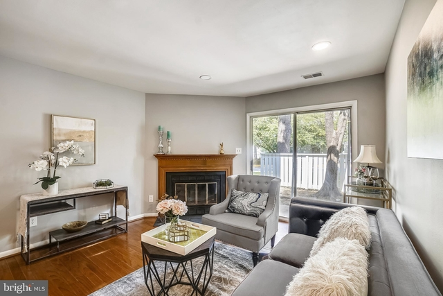 2 Bedrooms, Germantown Rental in Washington, DC for $1,995 - Photo 1