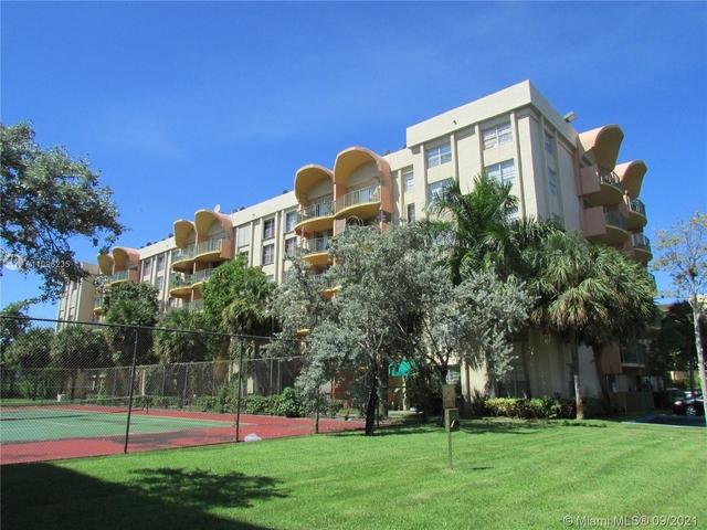 2 Bedrooms, Parkwoods Rental in Miami, FL for $1,800 - Photo 1