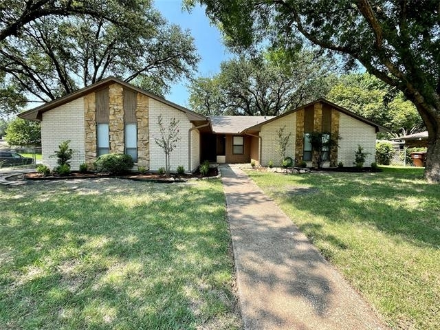 3 Bedrooms, North University Place Rental in Denton-Lewisville, TX for $2,400 - Photo 1