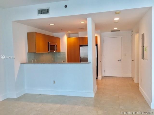 Studio, Miami Financial District Rental in Miami, FL for $2,400 - Photo 1