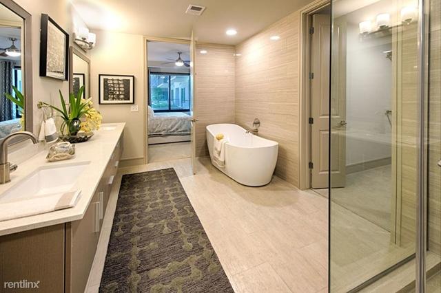 3 Bedrooms, San Felipe Square Rental in Houston for $4,541 - Photo 1