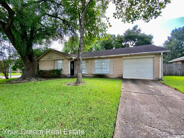 3 Bedrooms, Alvin-Pearland Rental in Houston for $1,600 - Photo 1