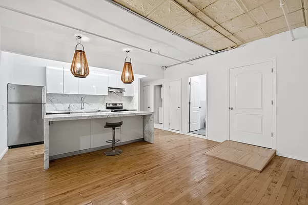 3 Bedrooms, SoHo Rental in NYC for $12,000 - Photo 1