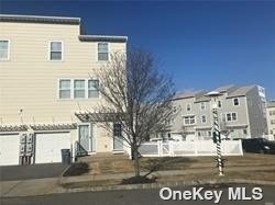 3 Bedrooms, Arverne Rental in NYC for $7,500 - Photo 1