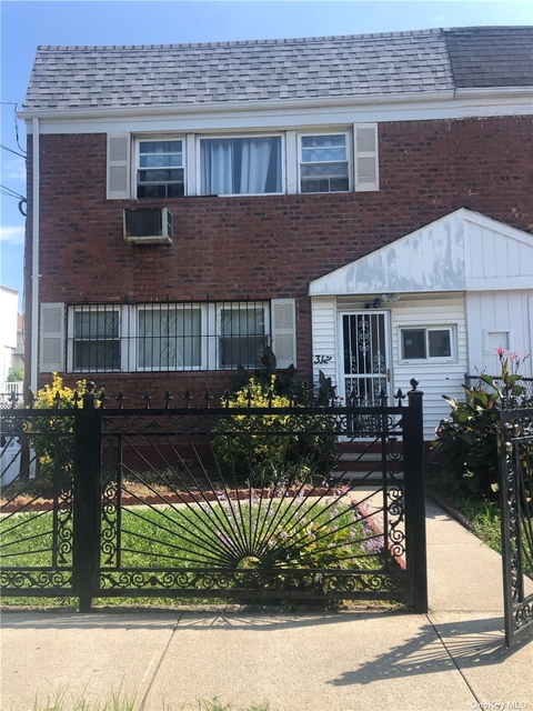 2 Bedrooms, Arverne Rental in NYC for $2,000 - Photo 1