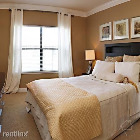3 Bedrooms, Del Monte Rental in Houston for $2,632 - Photo 1