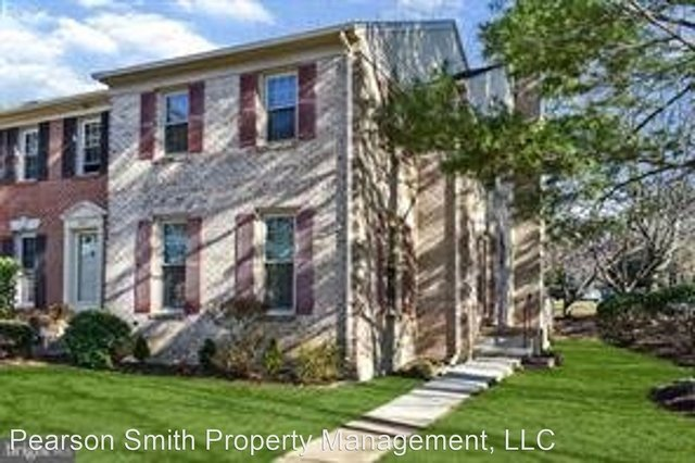 3 Bedrooms, Oakton Rental in Washington, DC for $2,700 - Photo 1