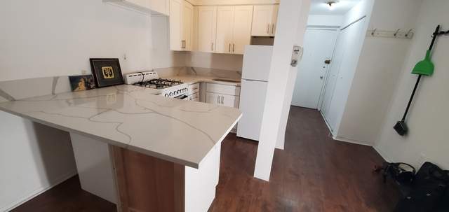 Loft, Rose Hill Rental in NYC for $3,195 - Photo 1