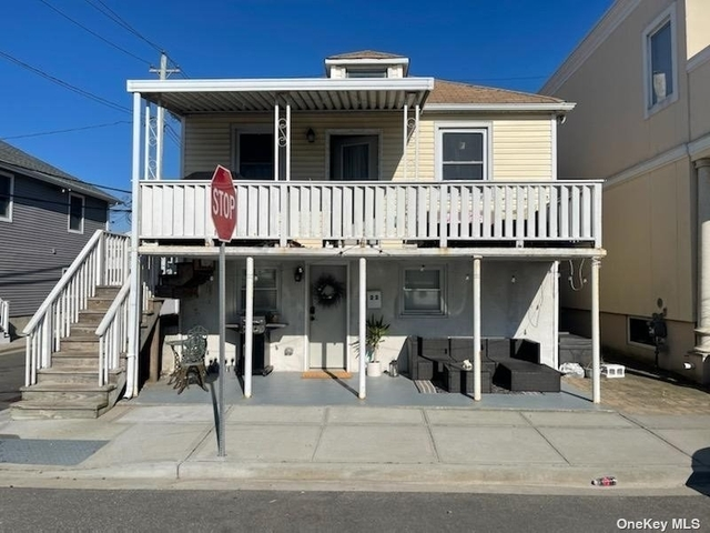 3 Bedrooms, West End Rental in Long Island, NY for $3,700 - Photo 1