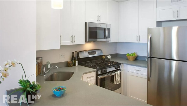 2 Bedrooms, Battery Park City Rental in NYC for $6,255 - Photo 1