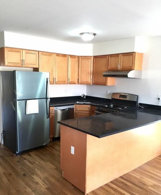 3 Bedrooms, Astoria Heights Rental in NYC for $2,900 - Photo 1