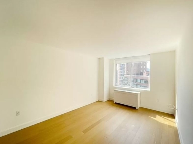 Studio, Sutton Place Rental in NYC for $2,917 - Photo 1