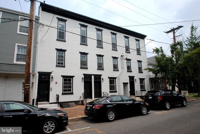 3 Bedrooms, Burlington Rental in Philadelphia, PA for $2,495 - Photo 1