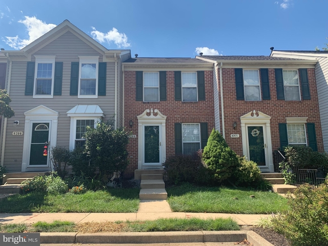 3 Bedrooms, Anne Arundel Rental in Baltimore, MD for $2,100 - Photo 1