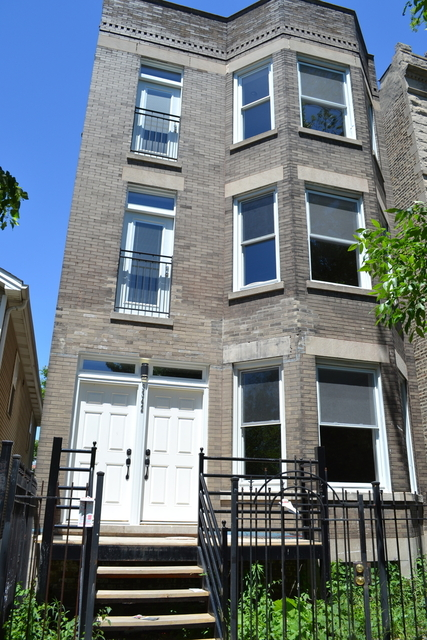 3 Bedrooms, Humboldt Park Rental in Chicago, IL for $1,400 - Photo 1