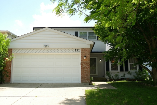 3 Bedrooms, Menconis Villas by The Lake Rental in Chicago, IL for $2,100 - Photo 1