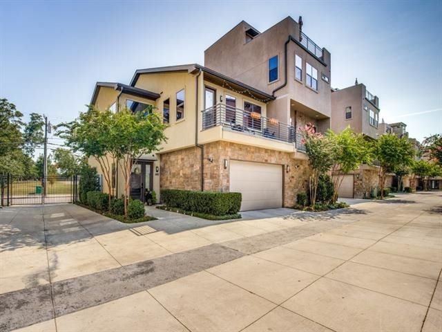 2 Bedrooms, Roseland Rental in Dallas for $3,650 - Photo 1
