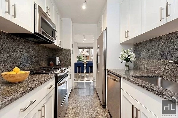 4 Bedrooms, Upper East Side Rental in NYC for $10,200 - Photo 1