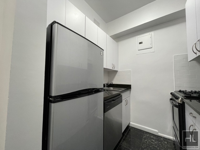 Studio, Sutton Place Rental in NYC for $3,150 - Photo 1