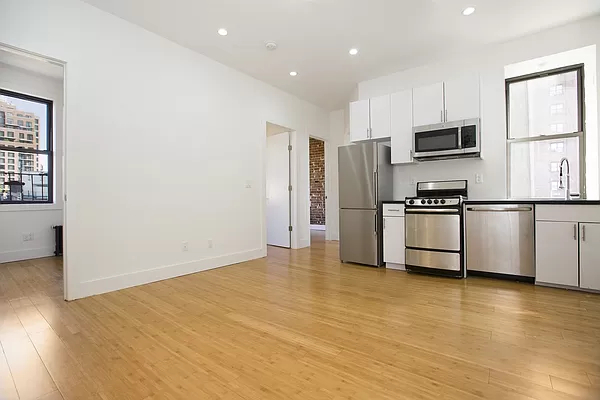 3 Bedrooms, Bowery Rental in NYC for $4,600 - Photo 1